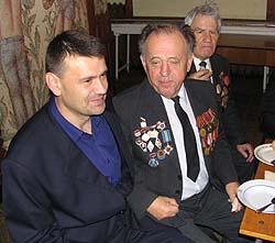 Сергій Слободянюк в оточенні ветеранів