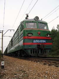 На железной дороге горел поезд