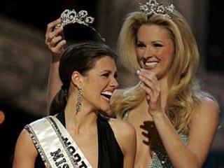 Королевой красоты-2005 в США стала жительница Северной Каролины 21-летняя Челси Кули.