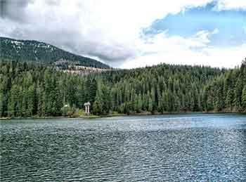 Синевирське озеро.