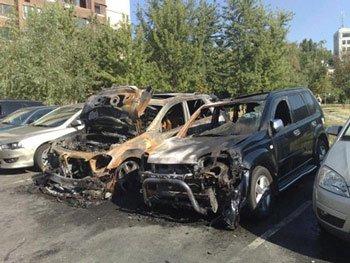 Неизвестные лица сожгли автомобиль сына лидера коммунистов Петра Симоненко и зятя «литвиновки» Екатерины Ващук.