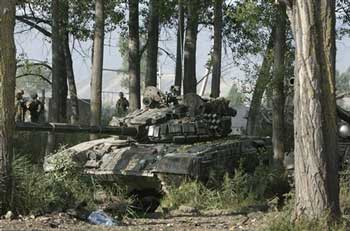 Один из захваченных танков.