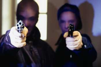 В Одессе бандиты ограбили продбазу.