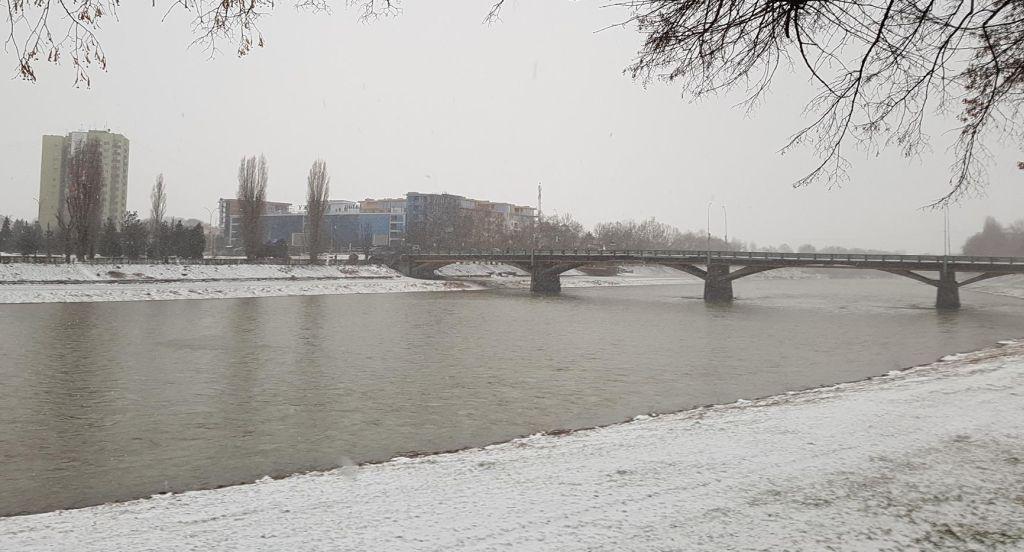 Ужгород зима март