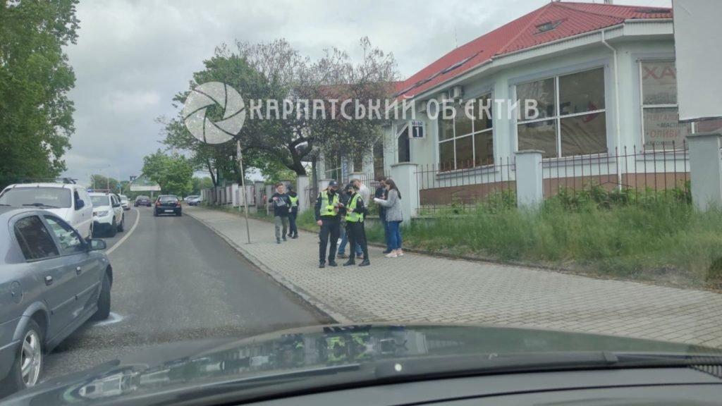 В Ужгороде на центральной улице ДТП: Движение очень затруднено