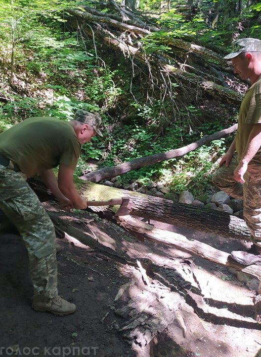 Загадкові тамплієри не дають спокою шукачам середньовічних скарбів на Закарпатті