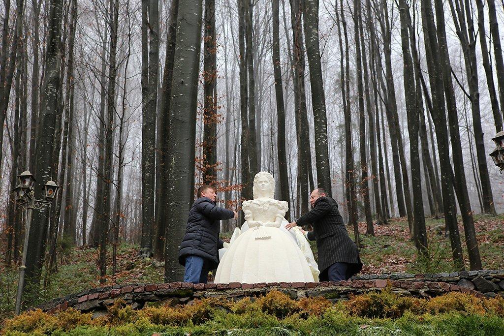 Пам'ятник дружині австрійського цісаря відкрили на Закарпатті