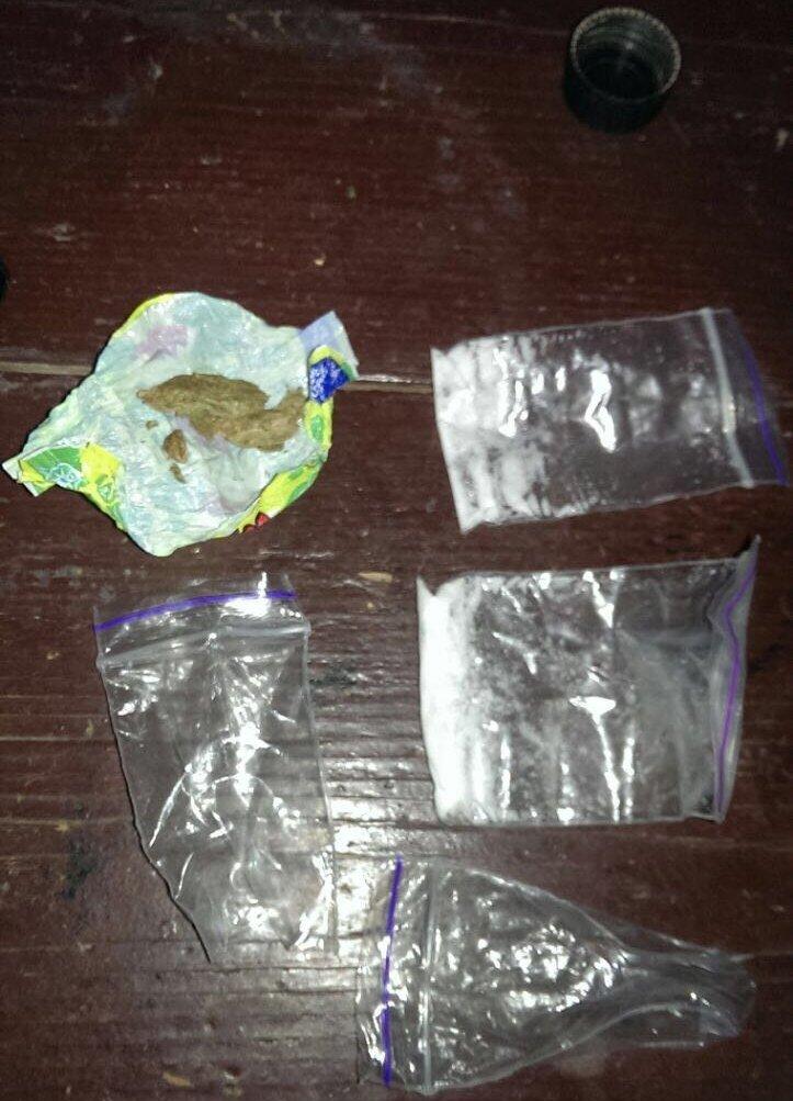 Закарпатське СБУ повідомляє про затримання організованого наркоугруповання