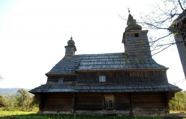 Невеличке село на Закарпатті вабить своєю самобутністю...