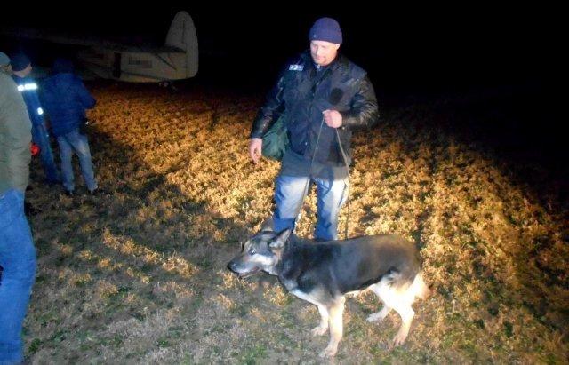 Угорці затримали 11 нелегалів, які перетнули кордон ...на літаку!