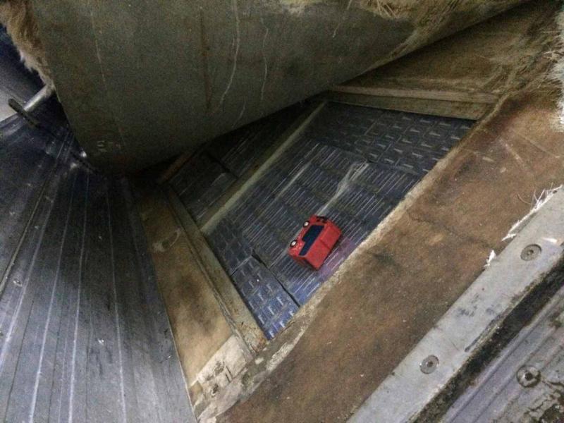 Контрабандні цигарки знову виявили на Закарпатській митниці