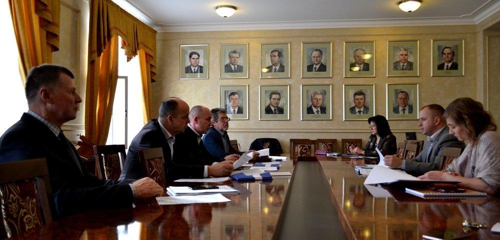 Депутати Закарпаття хочуть визнання ійців добровольчих формувань у зоні АТО учасниками бойовий дій на законодавчому рівні