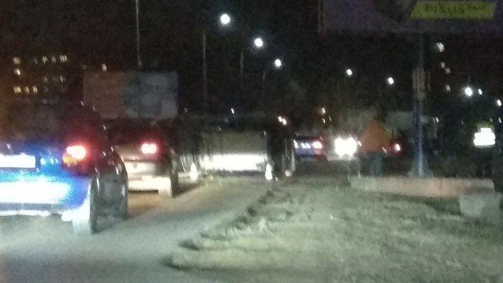 П'яний водій в Ужгороді на великій швидкості перевернувся в авто