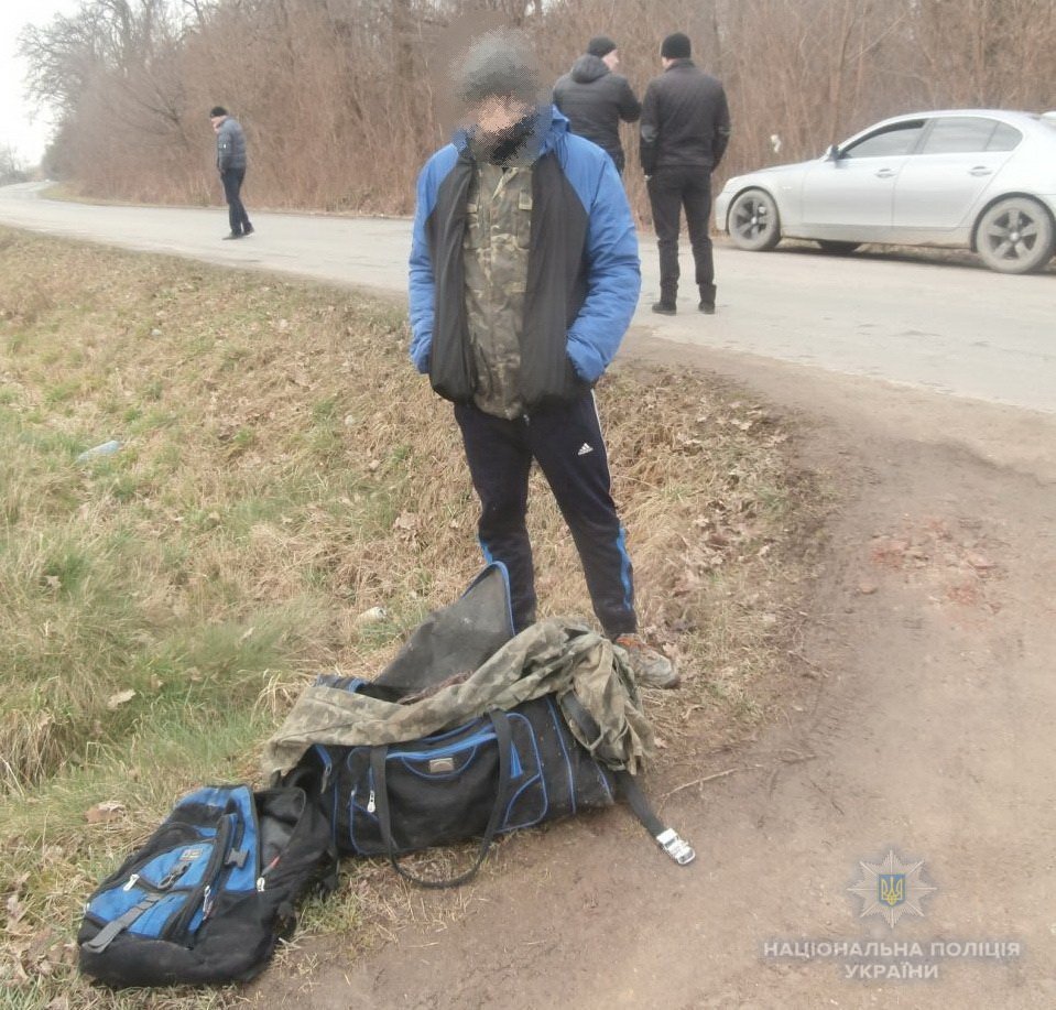 Поліцейські Берегівщини затримали двох неповнолітніх крадіїв