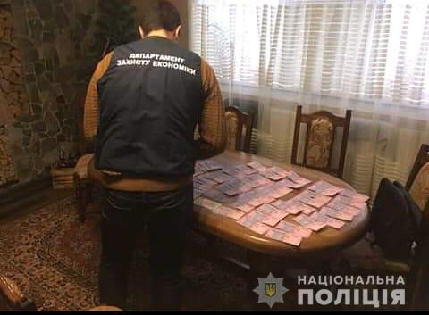 Закарпатська поліція викрила злочинну групу, яка підозрюється у організації незаконного грального бізнесу на території Тячівщини