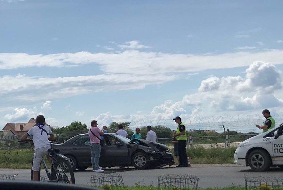 На Закарпатье кабриолет попал в мощное ДТП