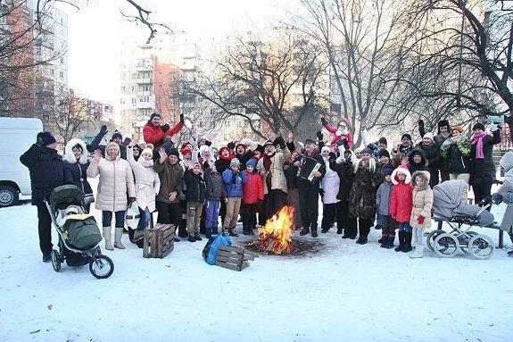 """Жителей Ужгорода и туристов веселили колядами """"Рождества по-ужгородски"""""""