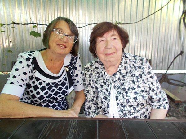 Дві жінки-легенди Закарпаття відзначили свої іменини в один день