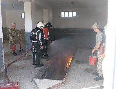 На кордоні Закарпаття сьогодні вели боротьбу з вогняним Феніксом