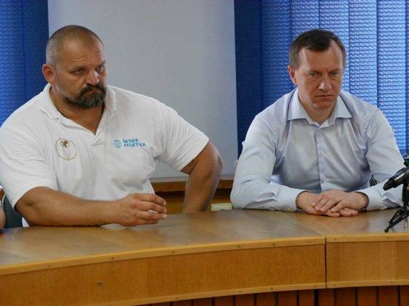 Богдан Андреев встретился с самым сильным человеком Украины и мира