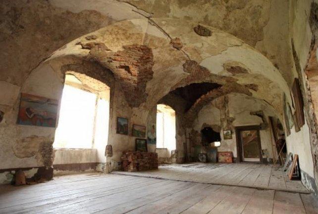 Закарпаття. Мандрівникам про старовинний замок Сент-Міклош
