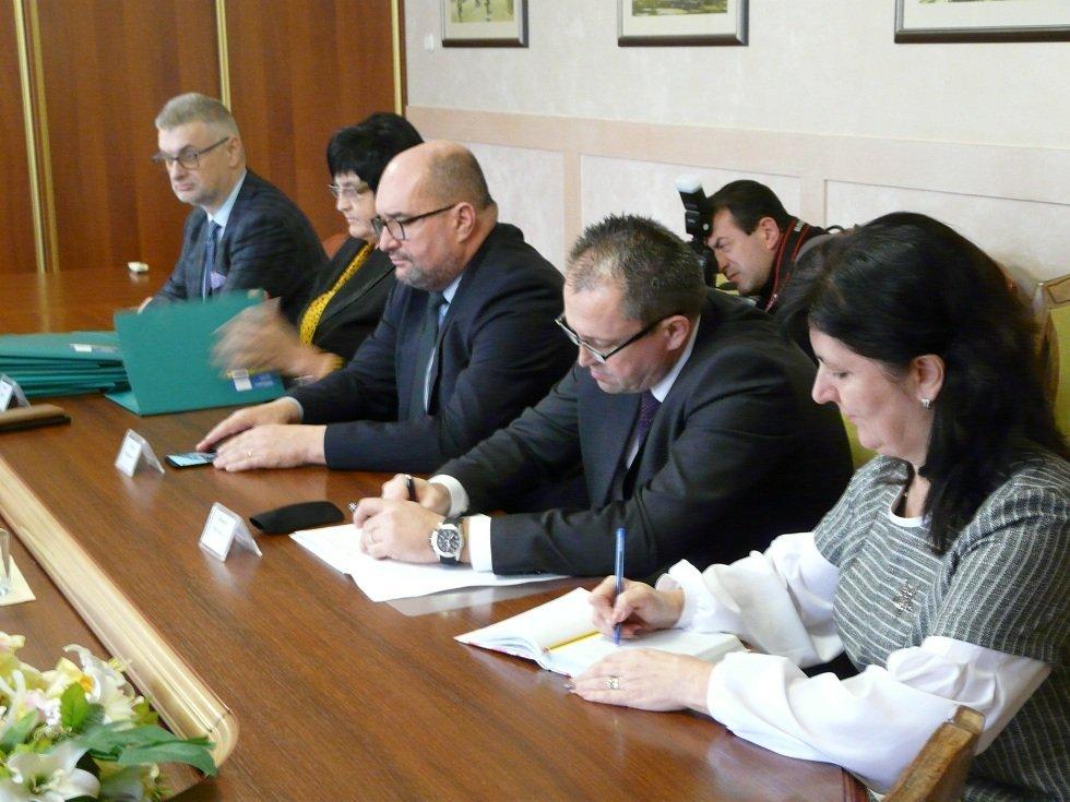 Про що говорили на зустрічі в Ужгороді Ганна Новосад з представниками угорської громади Закарпаття
