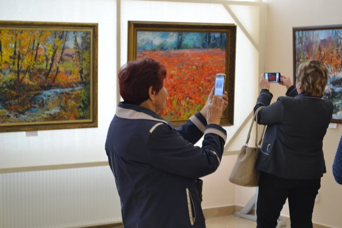 В Ужгородському скансені — персональна виставка живопису Роберта Товта
