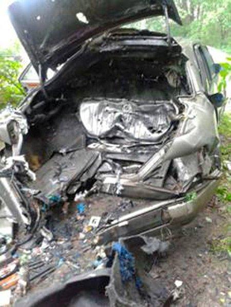 В результате взрыва авто на Львовщине погибли трое людей