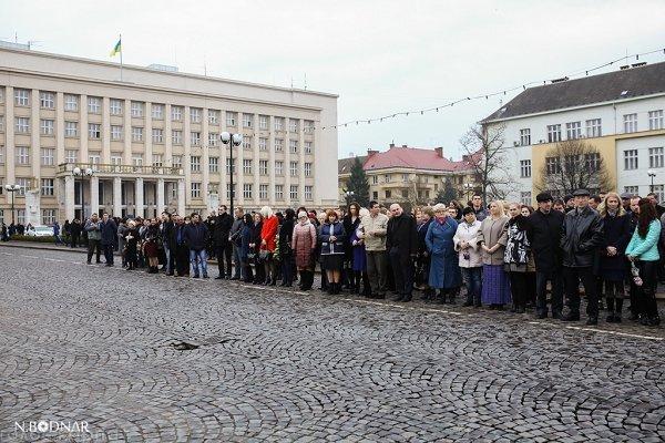 В Ужгороде отмечают годовщину дня рождения Тараса Шевченко