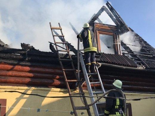 В Закарпатье выпекание куличей на Пасху уничтожило дом