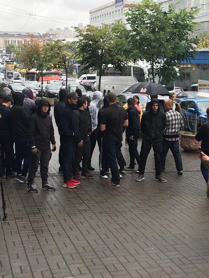 """""""Европейская солидарность"""" ворвалась в офис ГБР, пытаюсь вмешаться в дело Порошенко"""