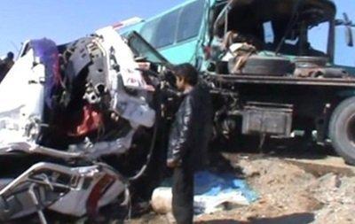 Столкнулись два автобуса и бензовоз