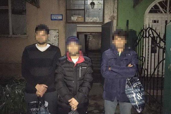 В Ужгороде полиция задержала 8 нелегалов