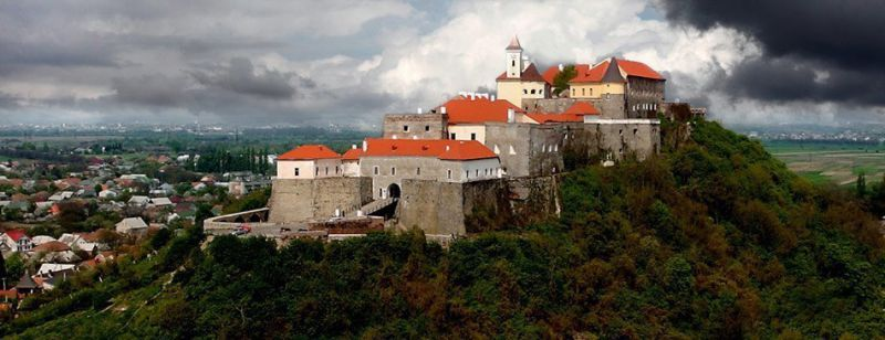замок - Паланок