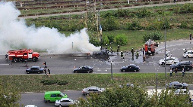Мужчина выжил при взрыве авто в Киеве