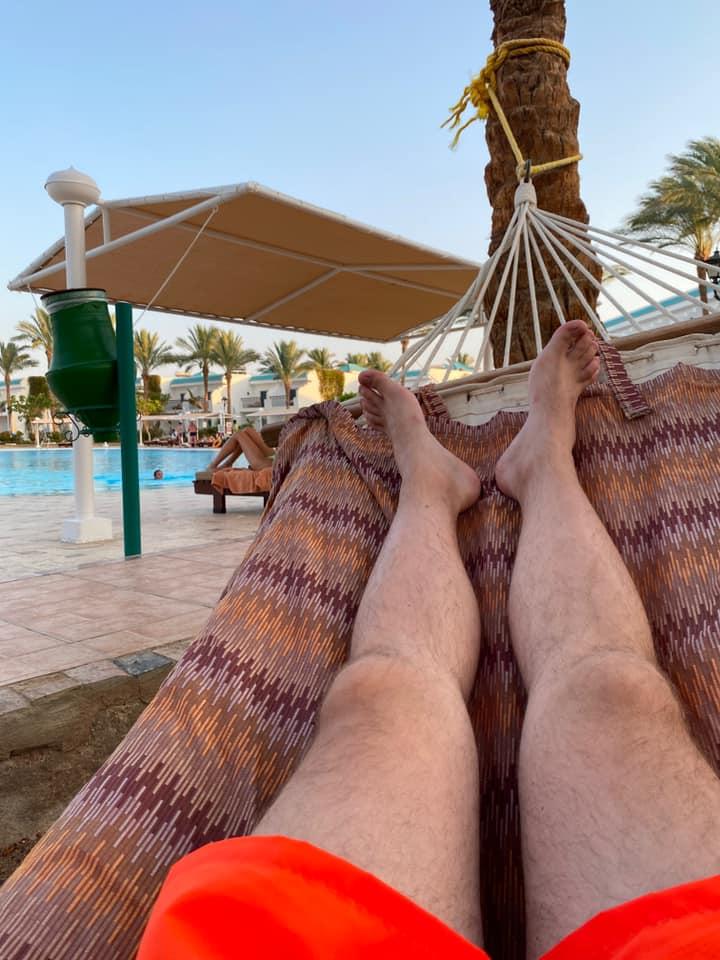 Як туристи із Закарпаття злітали на відпочинок до карантинного Єгипту