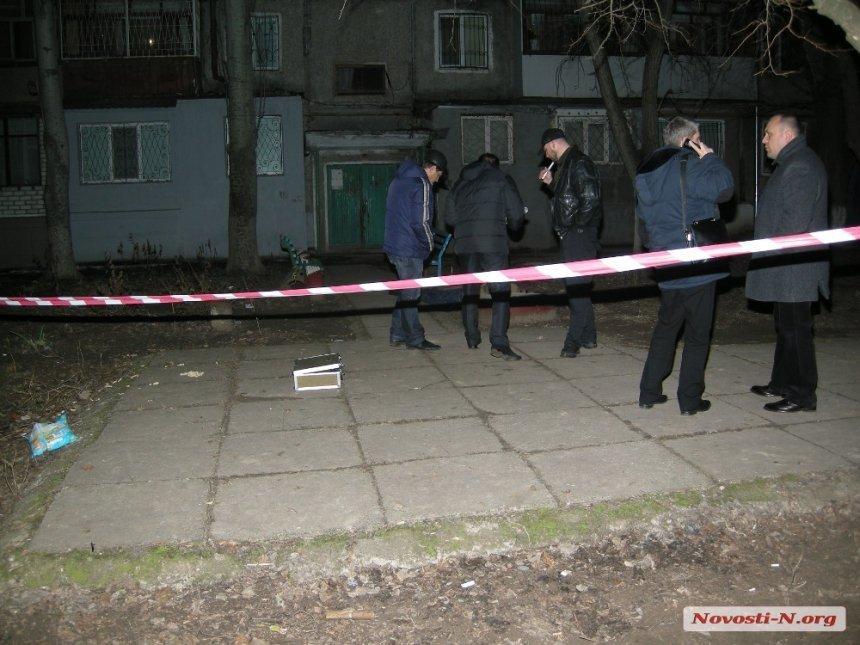 Оружия, из которого стреляли убийцы, на месте преступления не нашли