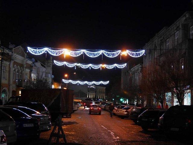 Праздничная иллюминация обошлась Ужгороду в 2 миллиона