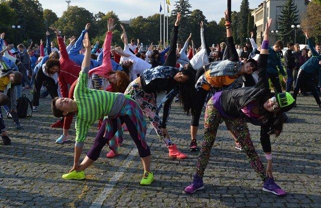 В Ужгороде проходит спортивный фестиваль-ярмарка