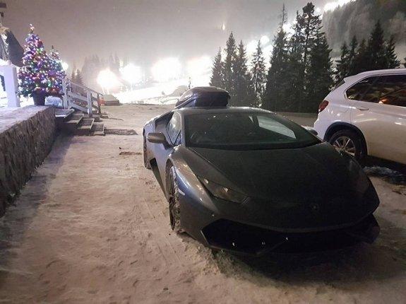 Британец прославился приехав на Lamborghini в Карпаты