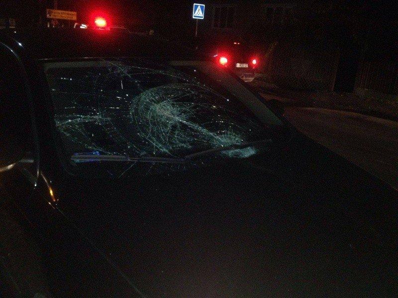 Мукачево. На пішохідному переході автомобіль збив жінку