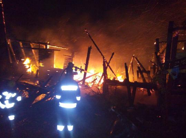ГУ ДСНС України у Закарпатській області повідомляє про згорілу базу відпочинку!