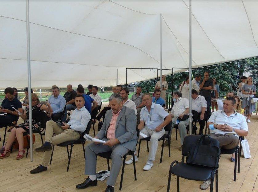 В Ужгороде говорили о перспективах развития туризма на природных территориях Закарпатья