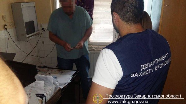 В Мукачево задержали врача-взяточника
