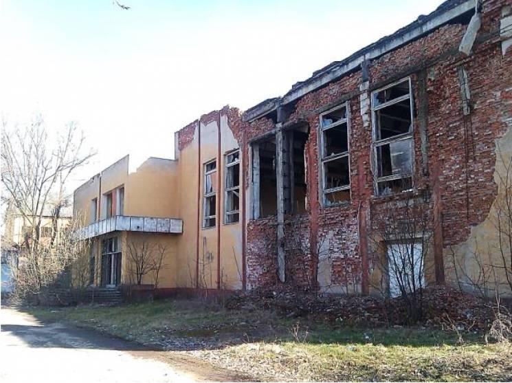 Зачем венграм ждать несколько лет или десятилетий, пока в Берегово расквартируют воинский батальон ?