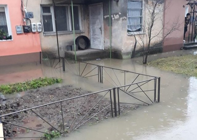 В Закарпатье спасатели 31 декабря трижды устраняли последствия ужасной погоды
