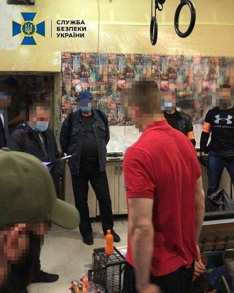 СБУ разоблачила криминальную сеть: Участники межрегиональной ОПГ торговали оружием «на любой вкус»