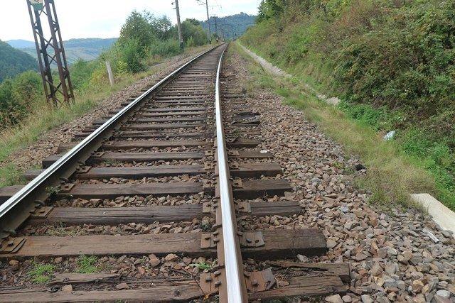 В Закарпатье на Ужокском перевале полностью сгнила ж/д дорога