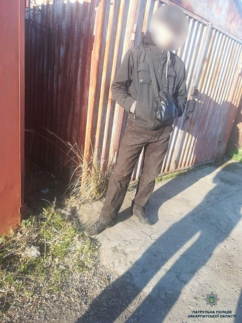В Ужгороде, мужчина вскрыл и обворовал гаражи