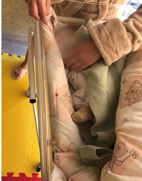 Продажное материнство: В Киеве выявили масштабную схему торговли новорожденными детьми